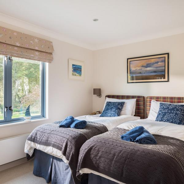 Clouds Rock, Cornwall - Holiday House for 10 People